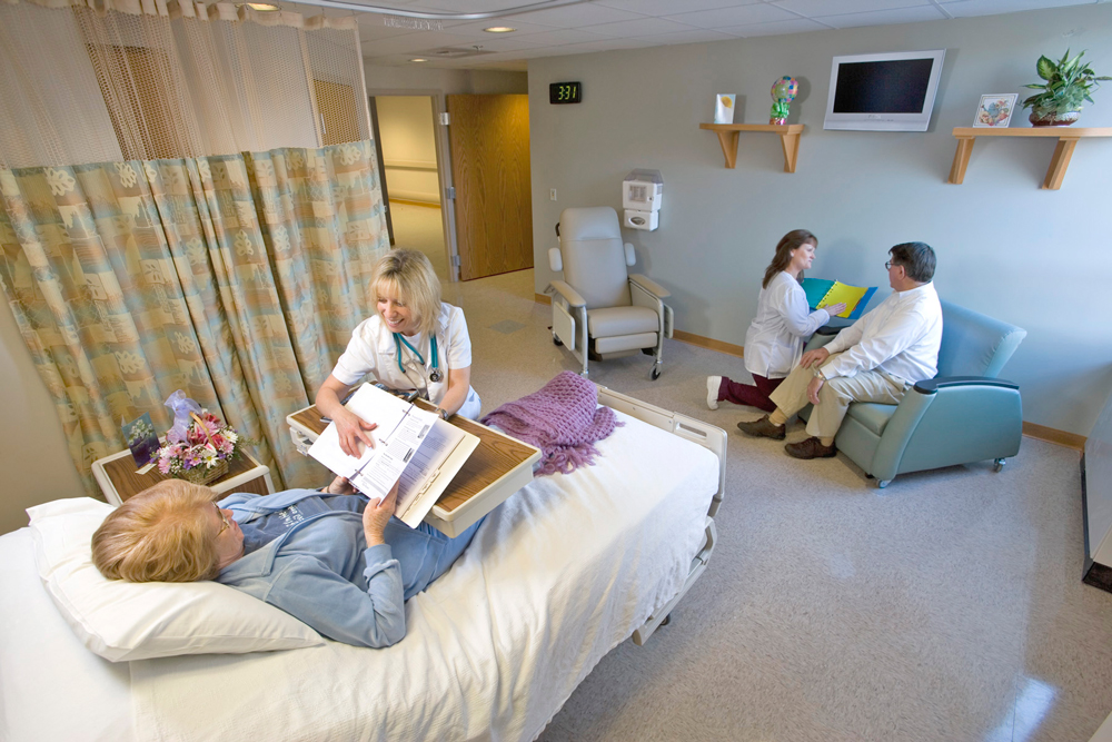 Joint Replacement Center room with nurses